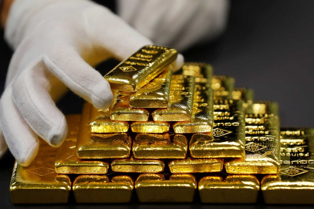 Gold 1 1024x682 - Корона-кризис резко сократил предложение золота в США