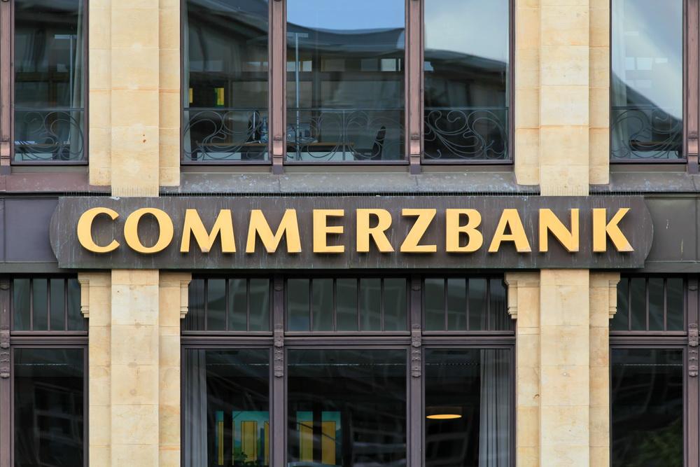 Commerzbank - Commerzbank: не ждите долгой коррекции на рынке золота