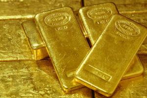 золото прогноз 2021
